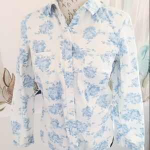 Old Navy Small Cream Button Down Floral